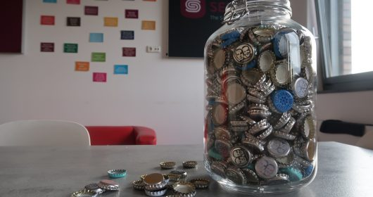 Donating bottle caps at Setlog